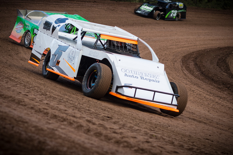 Racing action from Cottage Grove Speedway. Order your fan cards at http://www.hullfamily.photography/FanCard