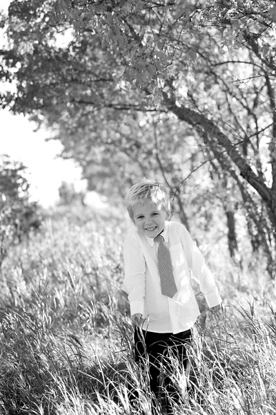 23bw Jacob+Wyatt | Nicole Marie Photography.jpg
