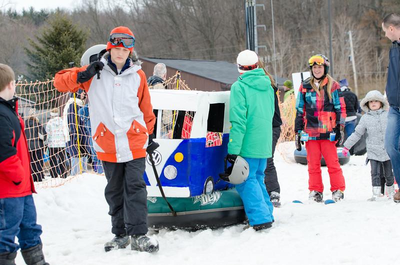 Carnival-Sunday-2014_Snow-Trails_0290.jpg