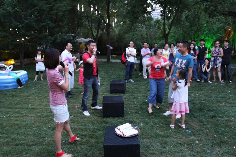[20120609] Siobhan's Full Moon Party [Tim] (175).JPG