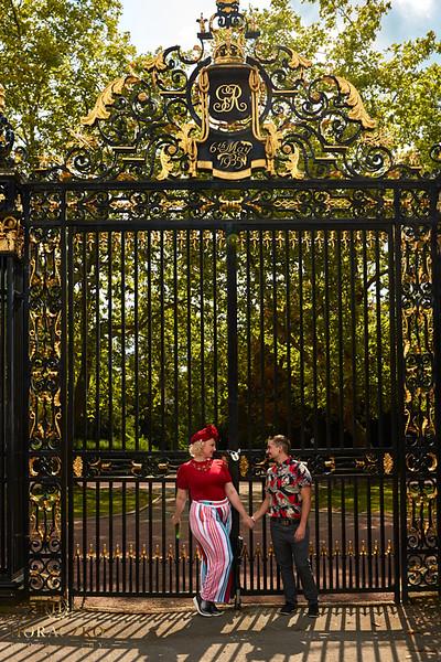 Secret proposal in London _0075499 by Horaczko Photography.jpg