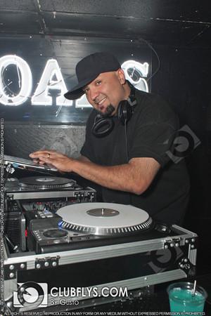 2012-09-28 [Mixaholic Fridays, The Crossroads, Fresno, CA]