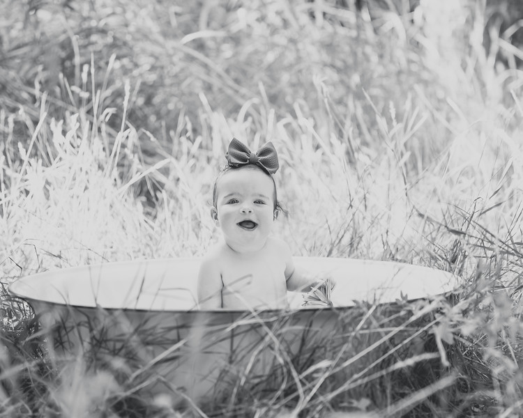 Penelope 6 months 033.jpg