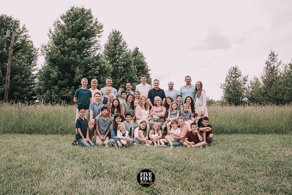 24- Lookabaugh Extended Family Session