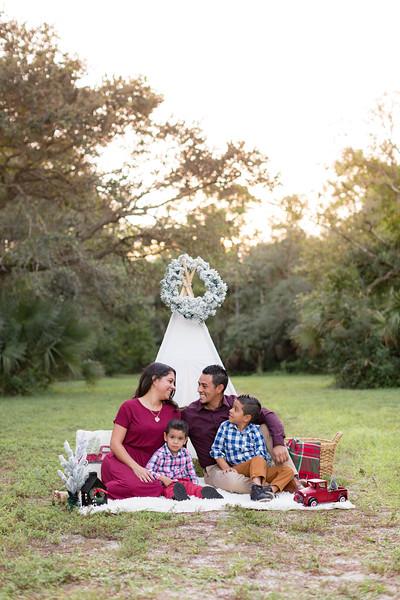 Ariza Family 2020-6.jpg