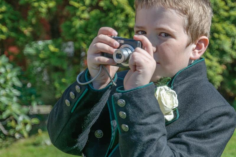 Noch ein Geschenk. Diese Kamera hat Oskar vor ein paar Jahren zur Kommunion bekommen.