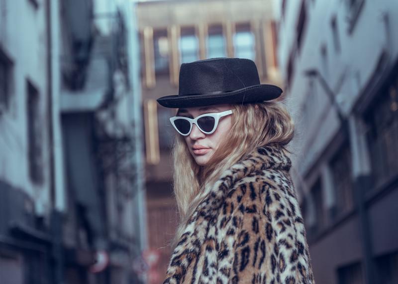 Sunet B - Street Fashion