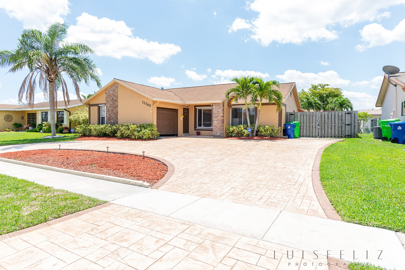 11740 NW 40th Place April 30, 2018 114.jpg