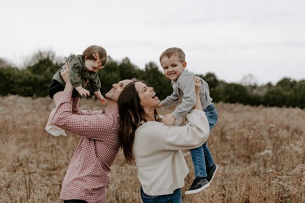 Lucy Love Harris // Milestone + Family