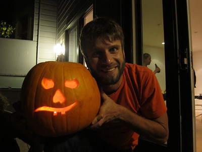 2011.10.27 Pumpkin Carving at Mark & Amy's
