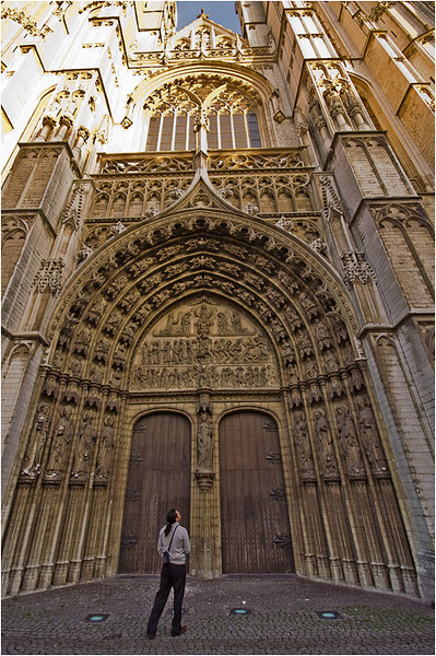 Entrance to the Cathedral (Antwerp)