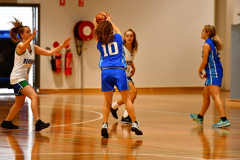 2018 Junior Carnival U16 Girls Div 1 Riverland v Eastern Hills