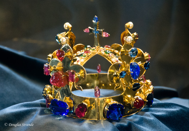 A royal crown at the Castle
