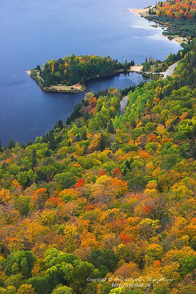 Fall on Lac Monroe, Mont-Tremblant