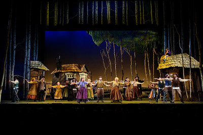 """""""Fiddler on the Roof"""" Invited Dress Photos"""