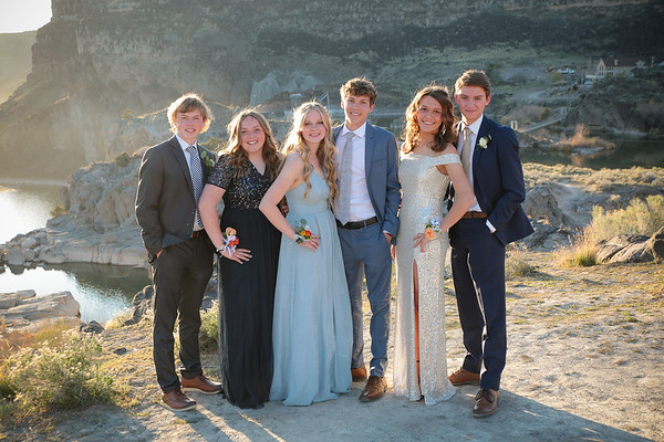 TFHS Prom 2021 - Group 3