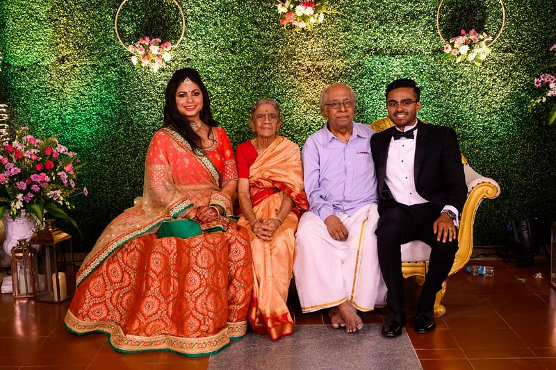 2019-12-Ganesh+Supriya-5054.jpg