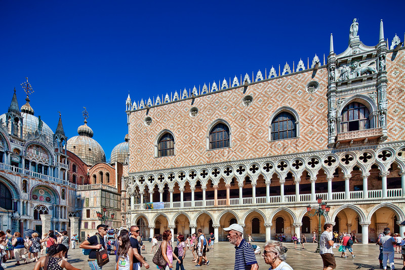 Basilica of St Mark (left) and Doge's Palace (right), Venice, Italy