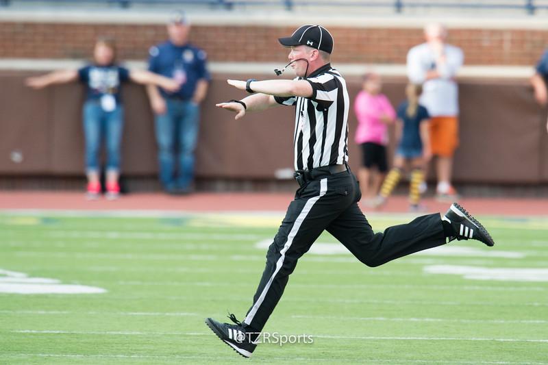 OHS Varsity Football vs Romeo 8 25 2017-1177.jpg