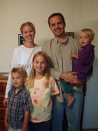 99-09-27 Kerry Soper, Lisa, & Kids