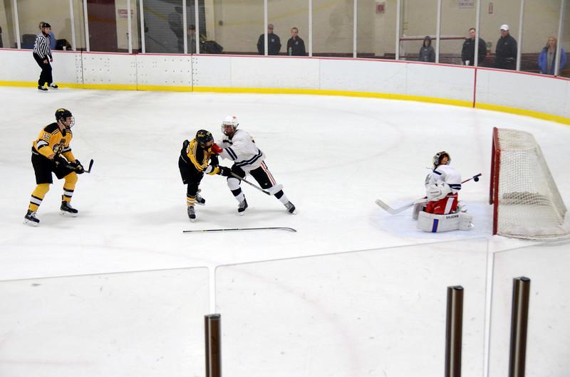 141004 Jr. Bruins vs. Boston Bulldogs-181.JPG