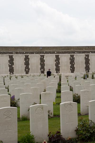 Ypres Tyne Cot Cemetery (46 of 123).jpg