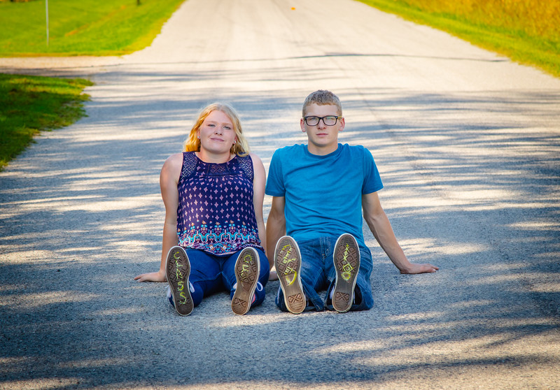 Madison and Dylans Senior  Pictures 2018-98.jpg