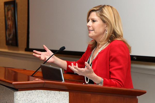 2013 Executive Forum: Nina Easton, Senior Editor-FORTUNE Magazine