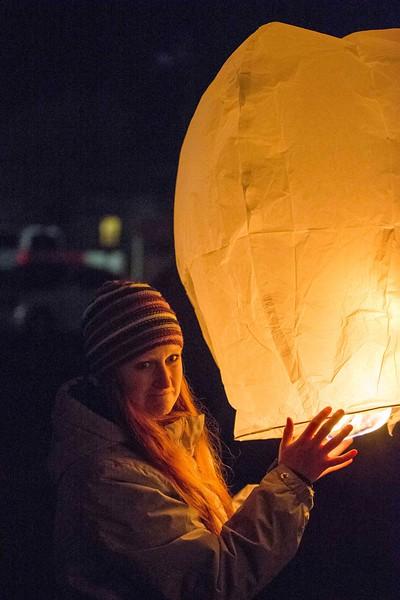 Holly Days Lantern Launch-34.jpg