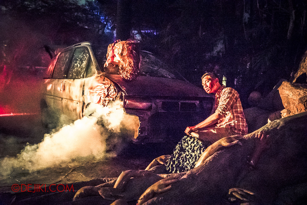 Halloween Horror Nights 6 Final Weekend - Suicide Forest / Car Crash