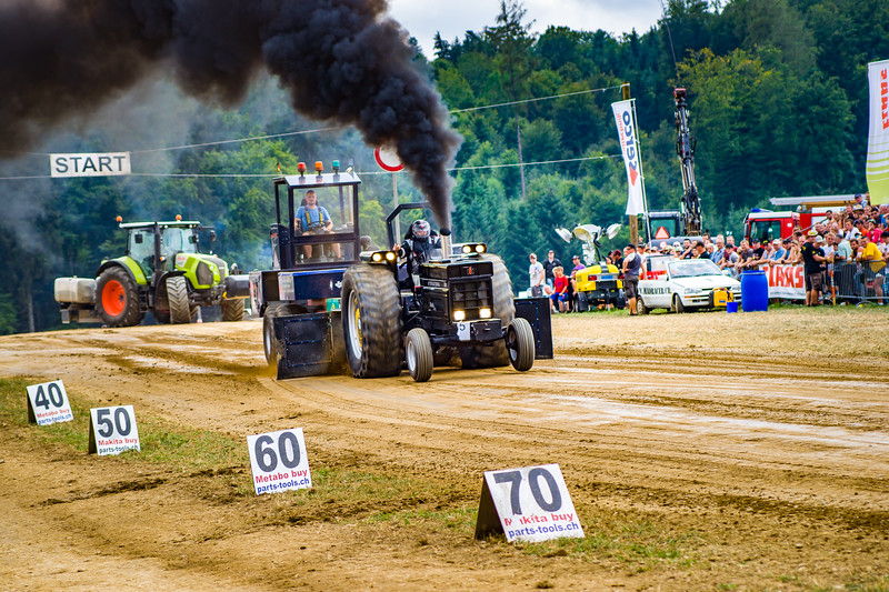 Tractor Pulling 2015-02489.jpg