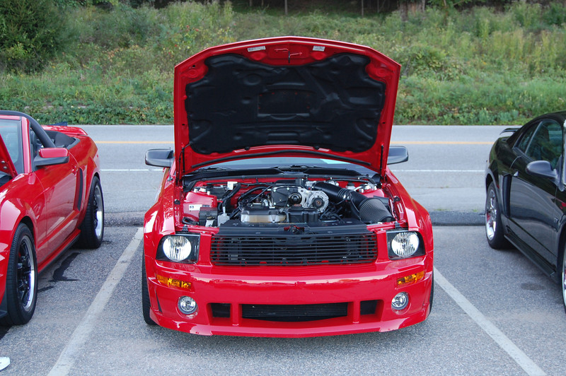 CT Mustang Cruise-in 091512 029.JPG