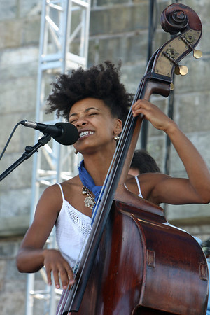 Esperanza Spalding - 2009 Newport Jazz Festival