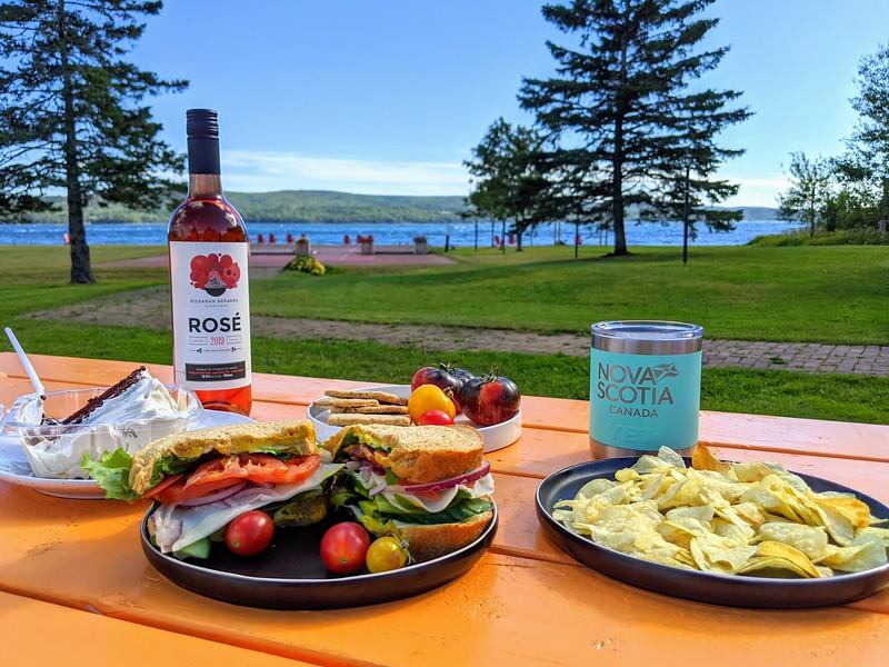 cape breton inverary inn picnic 4.jpg