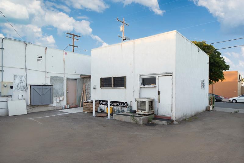 4480 Haines St. San Diego, CA 92109 06.jpg