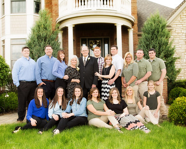 Family Portraits with Endia Wisser Photography call 330-921-9261