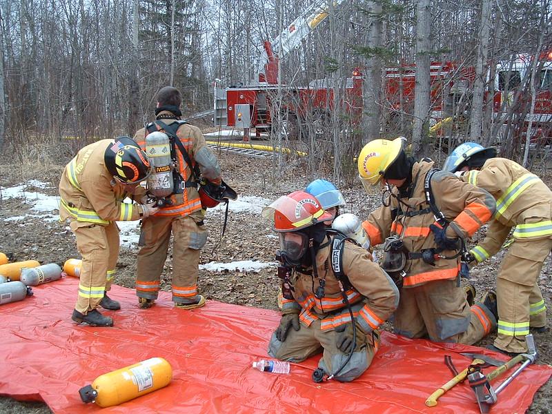 Day fire ambulance response 017.jpg