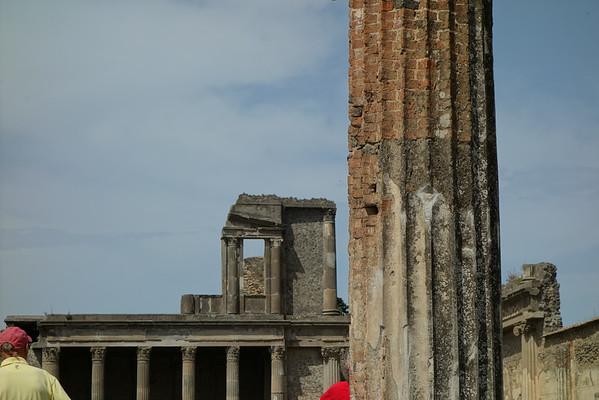 July 3 - Pompeii and Positano