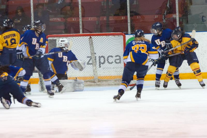 20130310 QWHockeyvsUBC 660.jpg