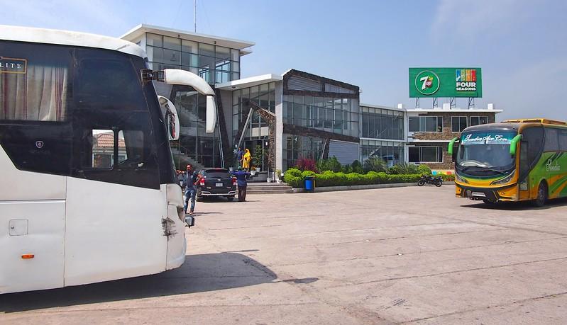 P2201147-bus-stop-rest-break.jpg