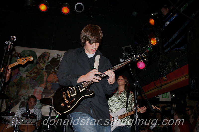 Paden Mullins Guitar at the 8 by 10 baltimore 2007 059.JPG