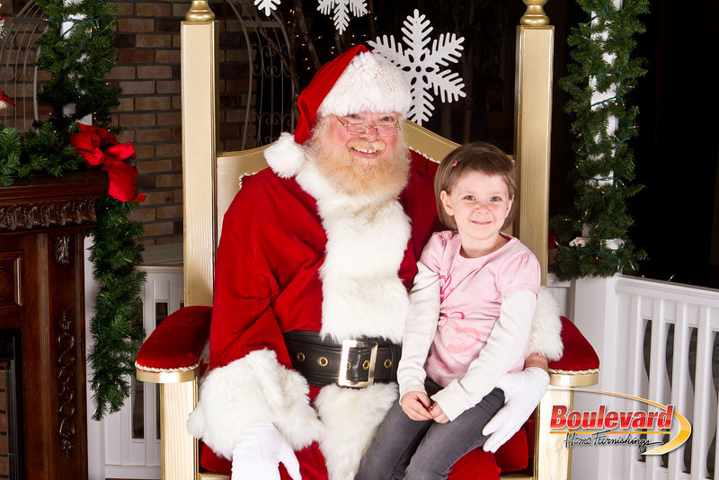 Santa Dec 8-223.jpg