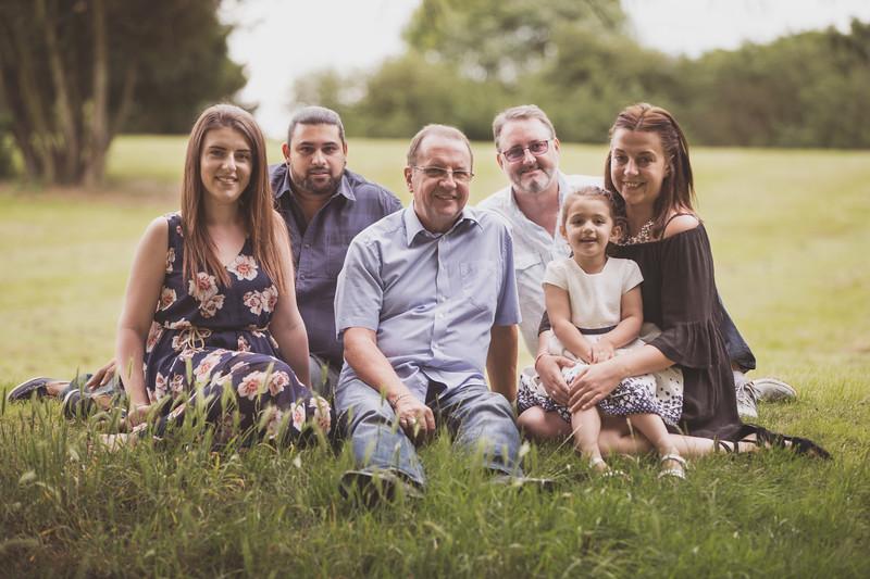 Virdee_family_portraits_ben_savell_photography_harlow_town_park_june_2017-0012.jpg