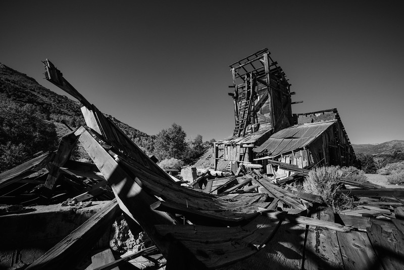 Bodie-mining-town-black-and-white-matthew-saville.jpg