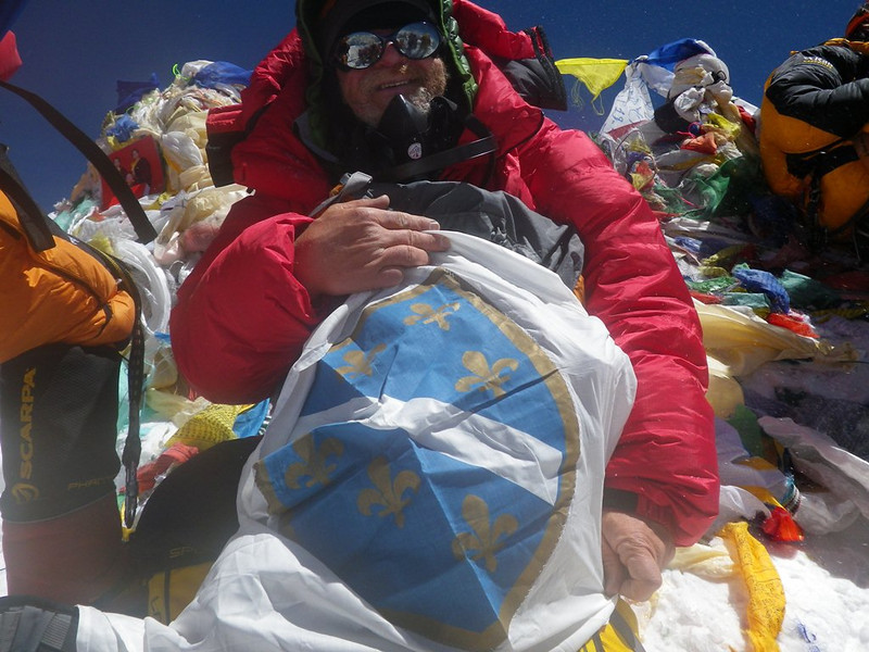 At the roof-top of the world: Mt Everest at 29,035ft or 8.850m - 4. Withtraditional bosnian flag. 10am - May 19, 2012.