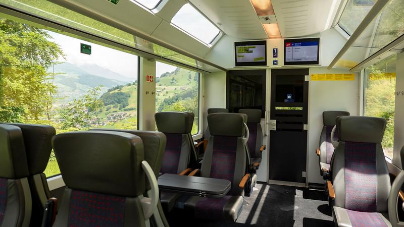 Switzerland-Train-to-Zurich08.jpg