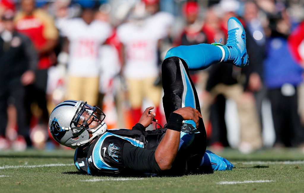 """. <p>5. (tie) CAM NEWTON <p>Finally decides on surgery after ankle fails to magically heal itself. (unranked) <p><b><a href=\'http://www.charlotteobserver.com/2014/03/18/4775365/panthers-quarterback-cam-newton.html#.UyupTPldWSo\' target=\""""_blank\""""> HUH?</a></b> <p>    (Kevin C. Cox/Getty Images)"""