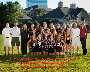 2011-11-17 Field Hockey Varsity team photo