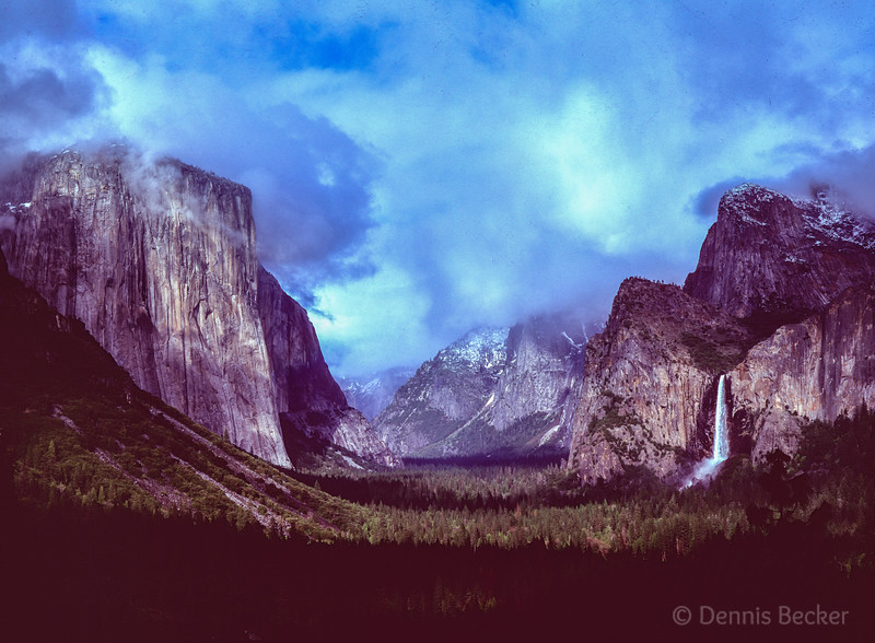 Yosemite Valley View 11.jpg