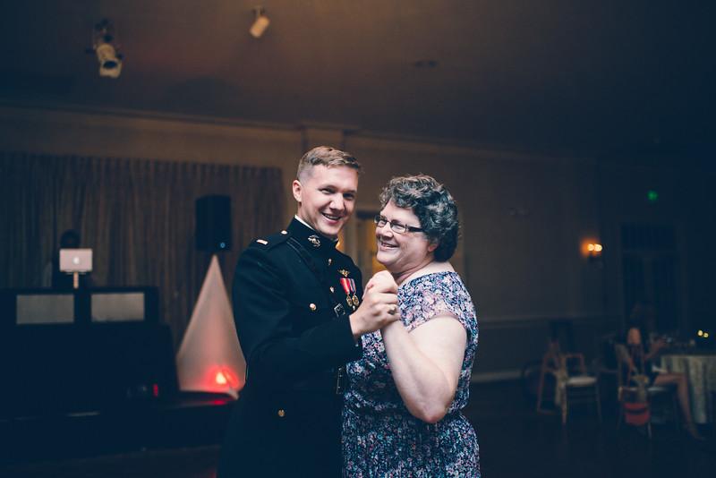 Philadelphia Wedding Photographer - Bernreuther-661.jpg